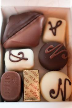 箱ベルギーチョコ